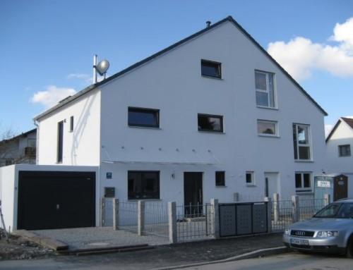 Neubau eines Doppelhauses mit Garagen