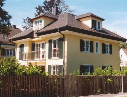 Neubau einer Villa mit Doppelgarage