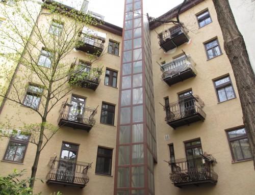 Sanierung und statische Ertüchtigung der Balkone eines denkmalgeschützen Wohn- und Geschäftshauses